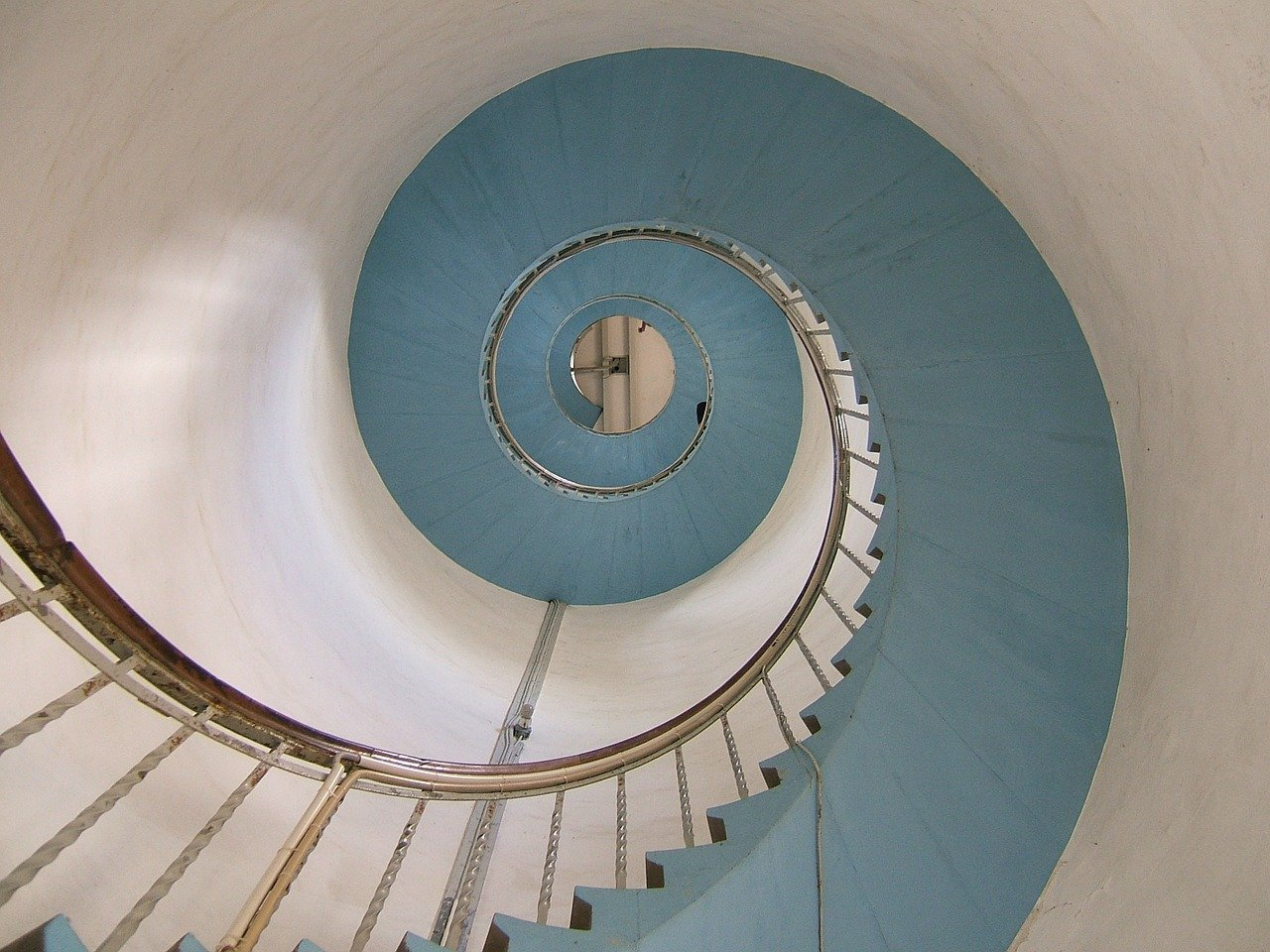 lighthouse, stairs, snail-62761.jpg